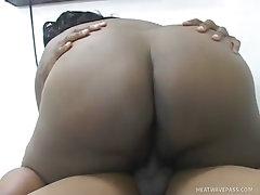 Black street whore wants hot raw dog sex
