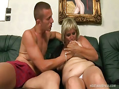 Horny grandma bbw kokai cleans the dick with hard fuck